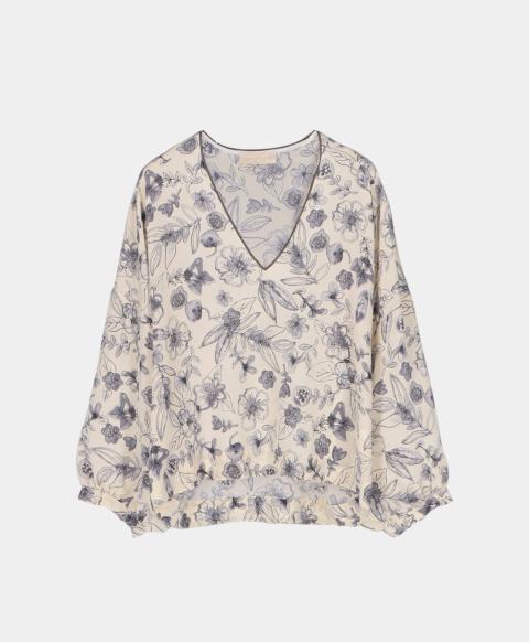 Crepe de chine V-neck blouse in watercolour print