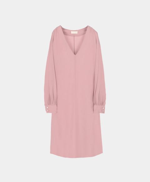 Long sleeved dress in lavander silk blend.