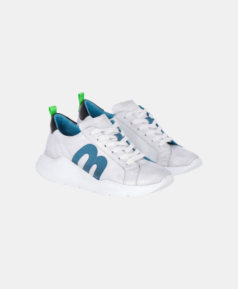 Cream leather running shoes with blue logo