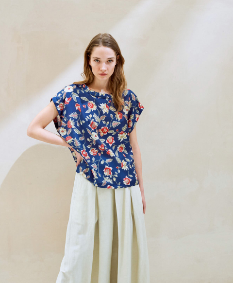 CURACAO BLOUSE IN PRINTED HABOTAI MULTICOLOR BLUE