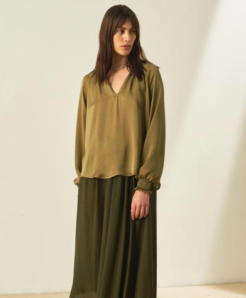 LESCAR BLOUSE IN WASHED SATIN  - OLIVE GREEN