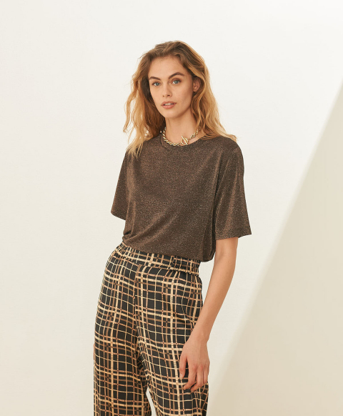 IORA T-SHIRT IN SOLID COLOUR LUREX STRETCH JERSEY - BROWN
