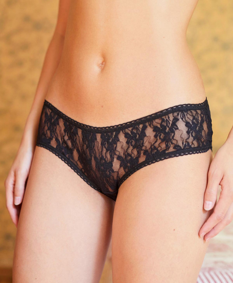 AMACA KNICKERS IN NATURAL STRETCH LACE - BLACK