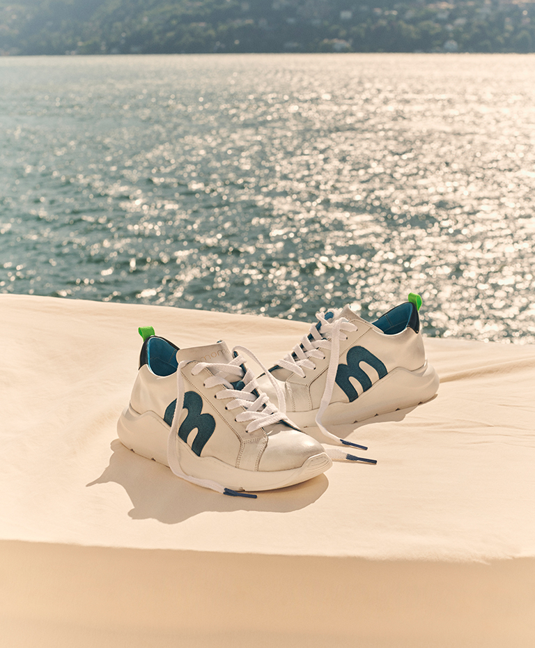 Momoni Shoes